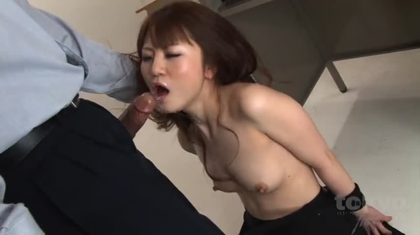 Boss wanted to fuck a pretty Secretary right in his office